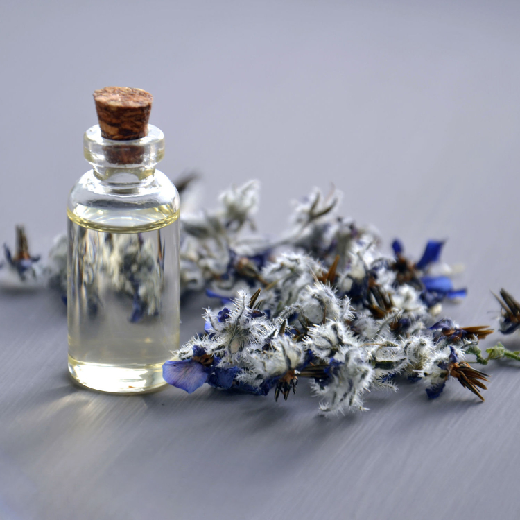 Essential Oils To Inspire Passion